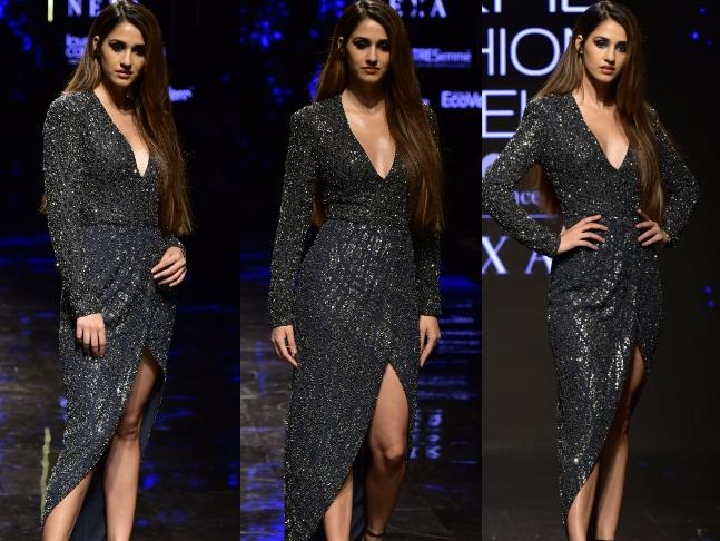 Bollywood Actress Looks – Lakme Fashion Week 2019